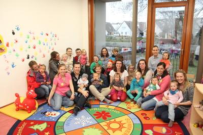 Gruppenbild Eltern und Kinder